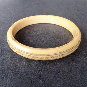 Vintage Carved Bangle Bracelet